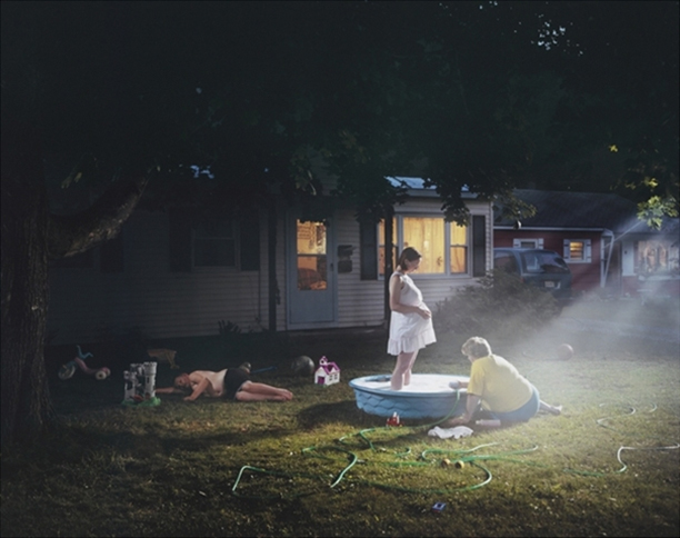 Gregory Crewdson, Untitled (Pregnant Woman, Pool)