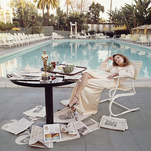 Terry O'Neill, Faye Dunaway at the Beverly Hills Hotel